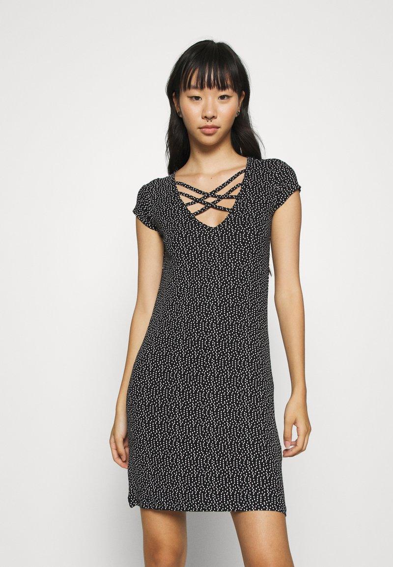 Even&Odd - Denní šaty - off-white/black