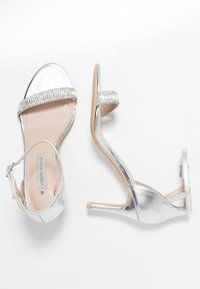 Dorothy Perkins - SWEETIE SPARKLE JEWELLED  - Sandalen - silver - 3