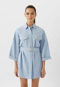 Stradivarius - LANGE LYOCELL - Shirt dress - light blue - 0