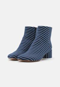 MM6 Maison Margiela - BOOT - Classic ankle boots - true blue/white - 4