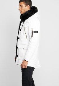 Glorious Gangsta - PARKLEA - Abrigo de invierno - white - 3