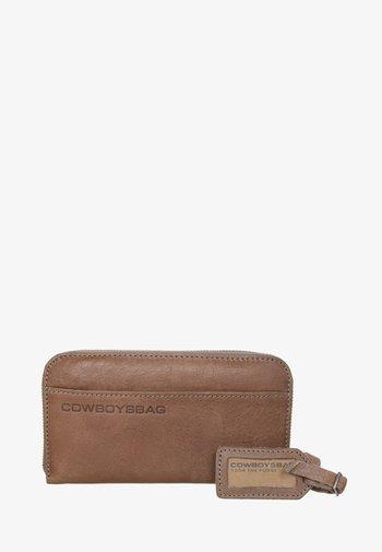 Wallet - elephant grey
