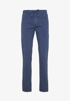 LONG TROUSERS - Chino kalhoty - vintage indigo