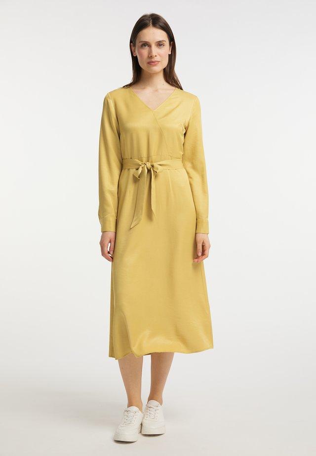 Sukienka koktajlowa - gelb
