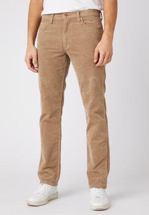 GREENSBORO - Jeans Straight Leg - flax