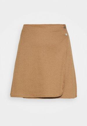 JODI SKIRT - Minifalda - brown