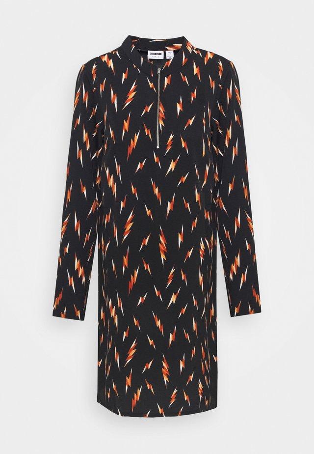 NMADEN ZIP DRESS - Vestido informal - black