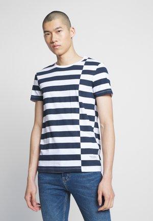 STRIPED - T-shirt imprimé - navy