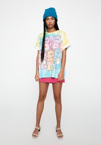 PULL&BEAR - T-shirt imprimé - multi-coloured - 1
