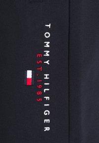 Tommy Hilfiger - ESSENTIAL - Short - desert sky - 6
