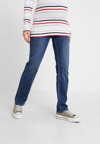 Esprit Maternity - PANTS - Jeansy Straight Leg - medium wash - 0