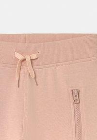 Molo - ASHLEY - Teplákové kalhoty - petal blush - 2