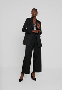 IVY & OAK - Blazer - black - 1