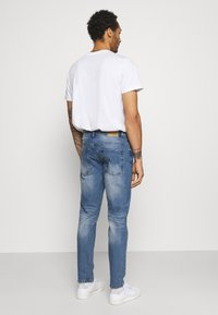 Redefined Rebel - CHICAGO - Jeans Tapered Fit - perfect indigo - 2