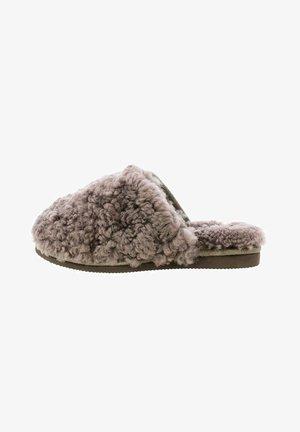 FOGGIE  - Pantofle - brązowy
