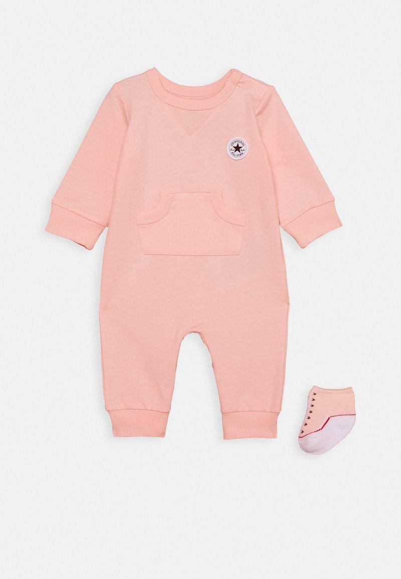 Converse - LIL CHUCK COVERALL - Tuta jumpsuit - storm pink