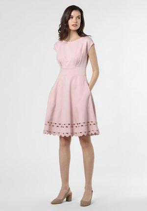 Day dress - altrosa