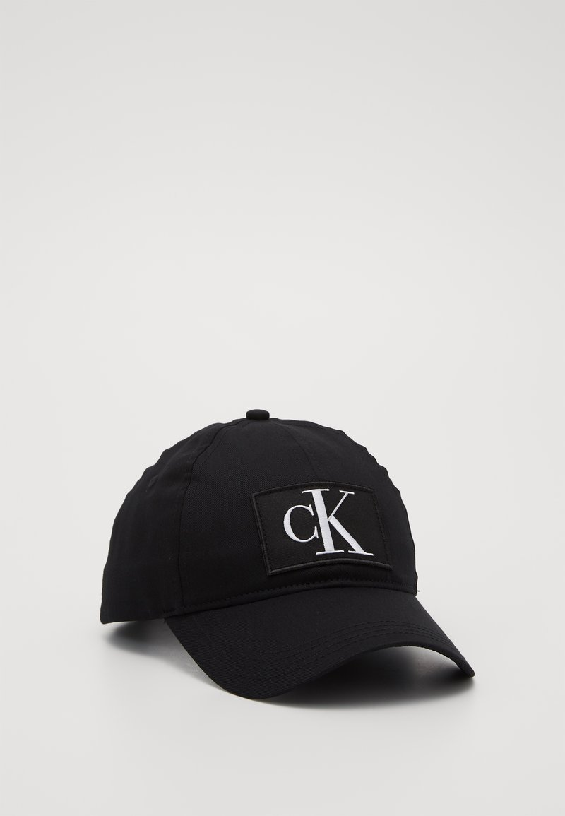 Calvin Klein Jeans - ESSENTIALS - Caps - black
