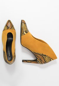 Marco Tozzi - High heeled ankle boots - saffron - 3