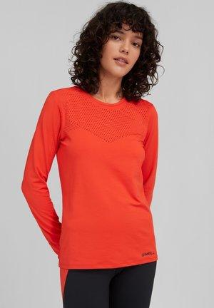 TRAVEL LASER  - T-shirt à manches longues - cherry tomato