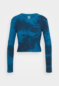 BDG Urban Outfitters - TIE DYE BABY TEE - Long sleeved top - blue - 3