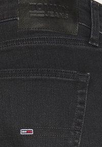 Tommy Jeans - SCANTON SLIM - Slim fit -farkut - black denim - 4
