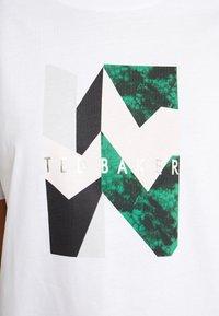 Ted Baker - LINDIAA - Print T-shirt - white - 5