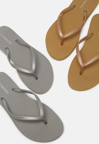 Even&Odd - 2 PACK - Pool shoes - silver/gold - 7