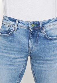 Pepe Jeans - HATCH - Slim fit jeans - light-blue denim - 4