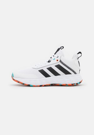 OWN THE GAME 2.0 BASKETBALL LIGHTMOTION SHOES UNISEX - Basketball shoes - footwear white/core black/true orange