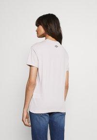 Replay - Print T-shirt - quartz rose - 2