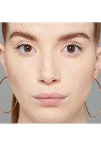 Nyx Professional Makeup - HD PHOTOGENIC CONCEALER WAND - Correcteur - 1 porcelain - 2