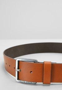 BOSS - JEEKO - Formální pásek - medium brown - 4