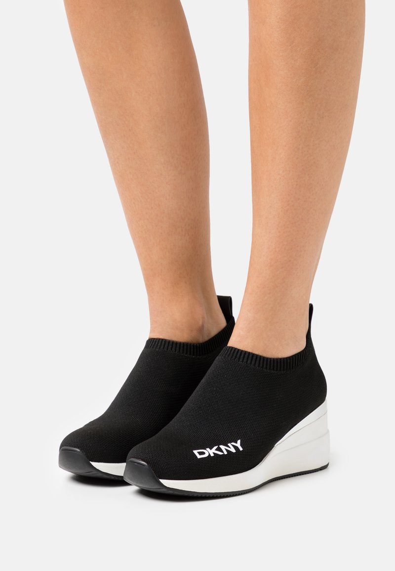 DKNY - PARKS WEDGE - Trainers - black