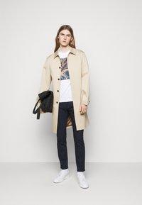 Michael Kors - PARKER  - Slim fit jeans - rinse wash - 1