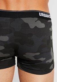 Urban Classics - BOXER 2 PACK - Boxerky - dark camo - 2