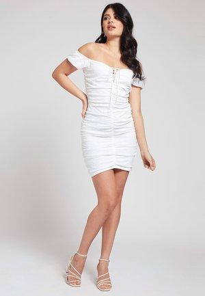 INGRID - Shift dress - weiß