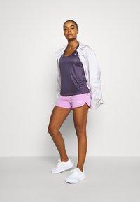Nike Performance - ECLIPSE SHORT - Urheilushortsit - fuchsia glow/reflective silver - 1