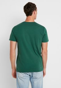 Abercrombie & Fitch - POP ICON CREW - T-Shirt basic - pine green - 2