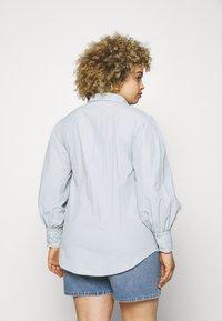 Missguided Plus - SLEEVE SHIRT - Button-down blouse - blue - 2