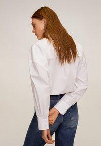 Mango - BENNET - Button-down blouse - cremeweiß - 2