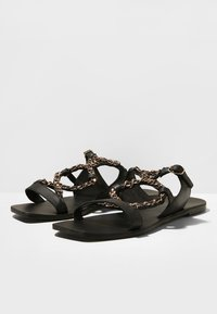 Inuovo - Chaussons - black blk - 6