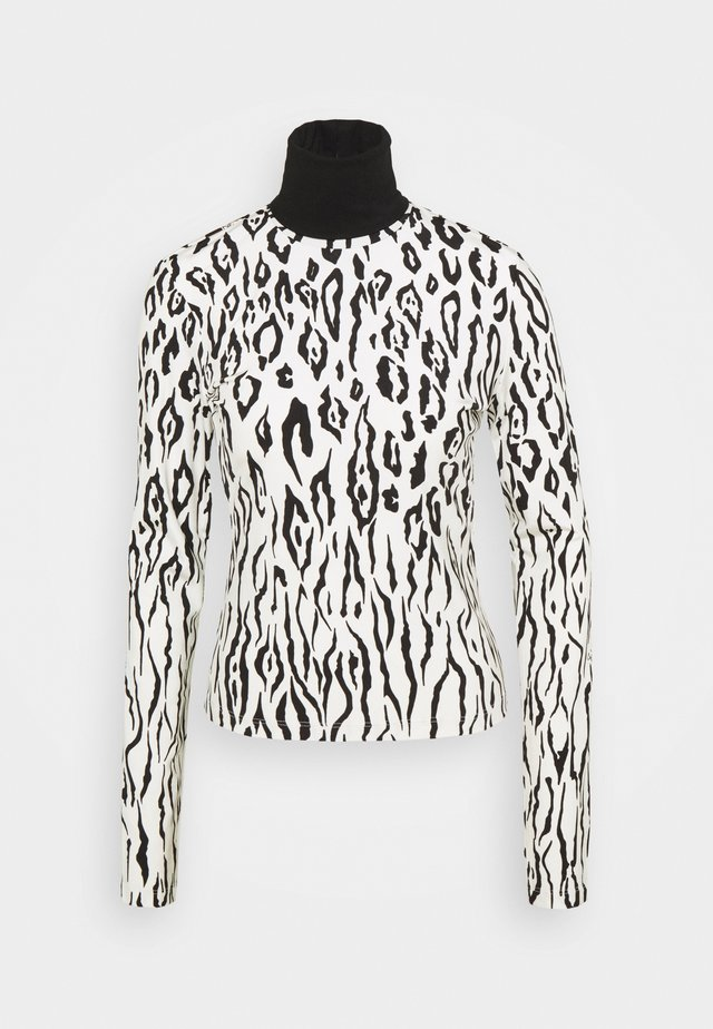 Long sleeved top - white variant