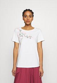 WEEKEND MaxMara - TRACIA - T-shirt imprimé - weiss - 0