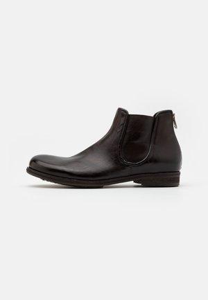 TINTONKAPO - Kotníkové boty - fondente