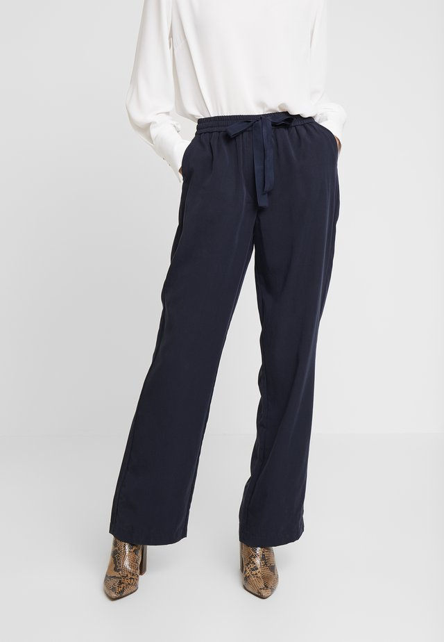GILLES PANTALON - Trousers - navy