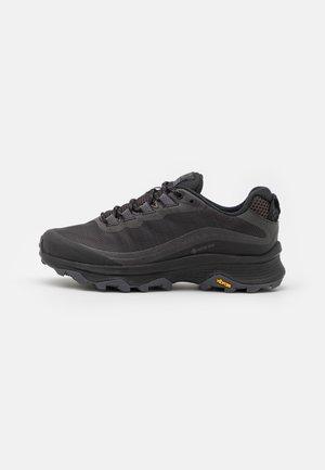 MOAB SPEED GTX - Chaussures de running - black/asphalt