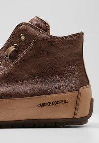 Candice Cooper - PLUS 04 - Sneakers alte - cardiff legno/base tamp tortora - 2