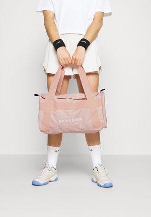 ANA SPORTSBAG - Sportovní taška - pink