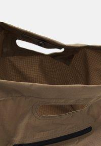 Nike Sportswear - UNISEX - Tote bag - sandalwood/sandalwood/white - 2